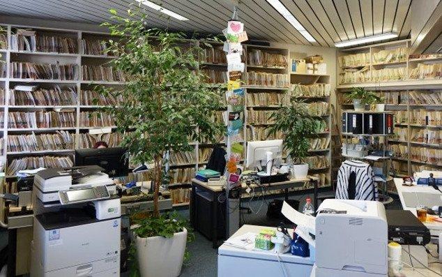 Eindruck eines Büros mit vielen Akten in Ludwigsburg