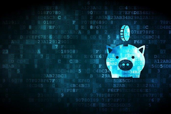 Symbolbild mit Sparschwein vor Codes