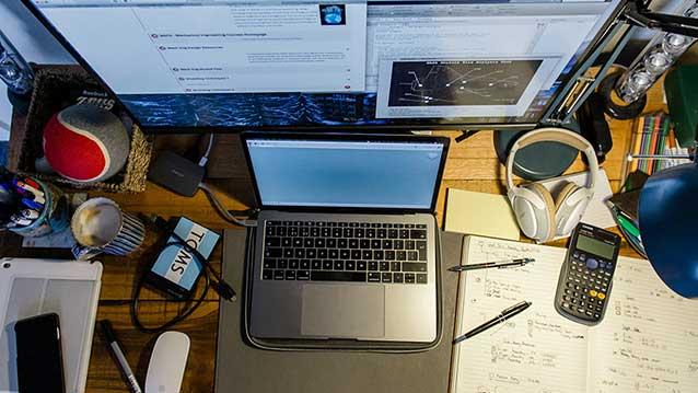 Foto von Schreibtisch im Homeoffice
